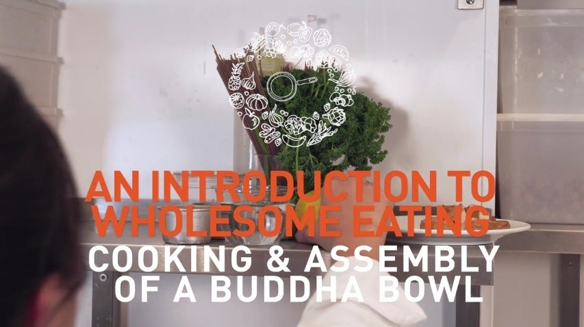Cooking & assembling a Buddha Bowl